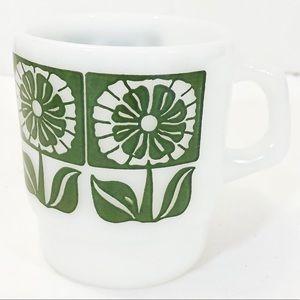 🧡3/$20🧡 FIRE KING Milk Glass Mug - Green